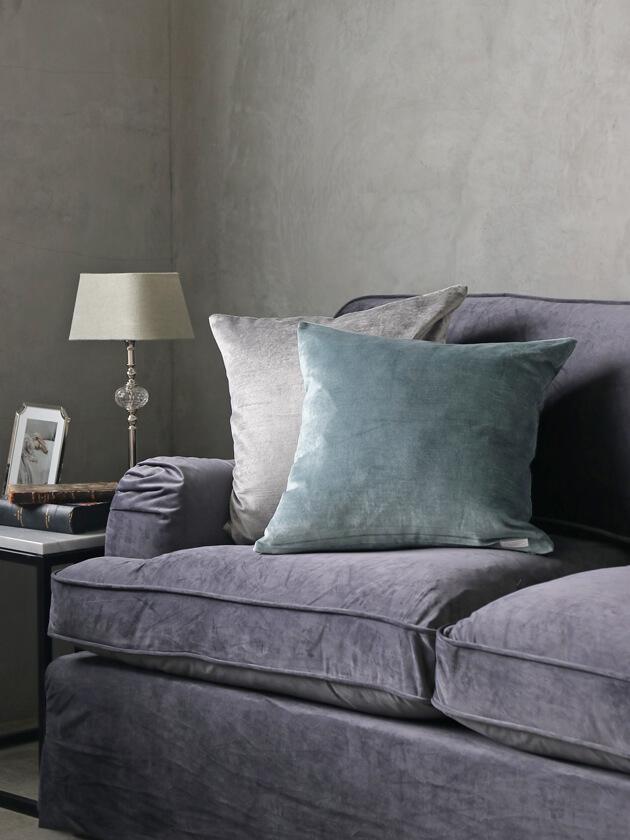 ML FabricsクッションカバーFloydベルベットブルー50x50cm