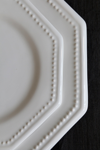Bourg-Joly MalicorneプレートOctogonale Perle