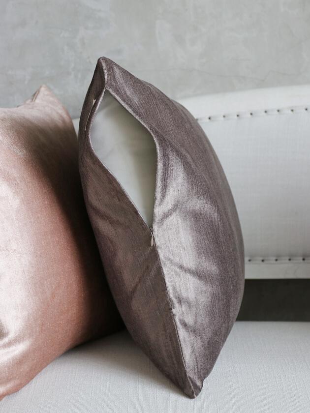 ML FabricsクッションカバーWoodyベルベットダークグレー50x50cm