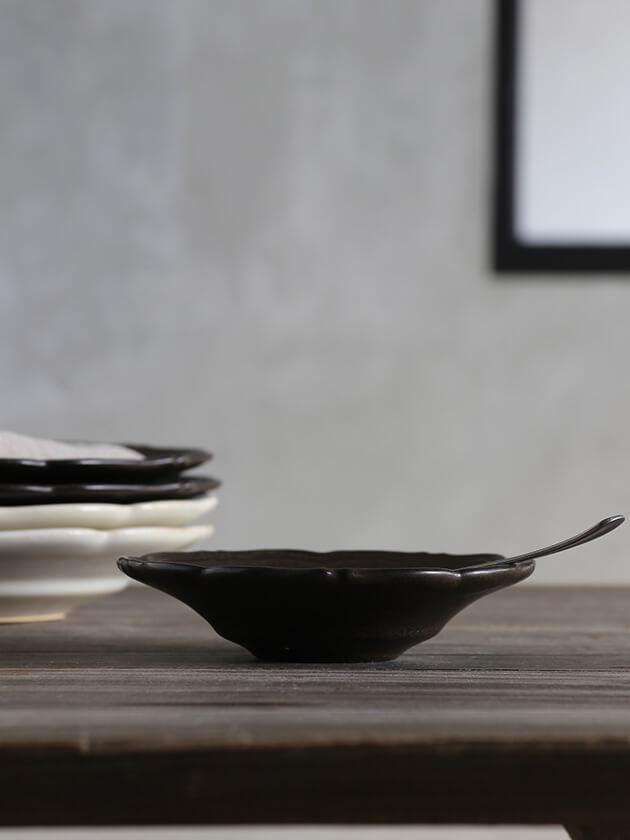 Awabi ware輪花皿Sマットブラック