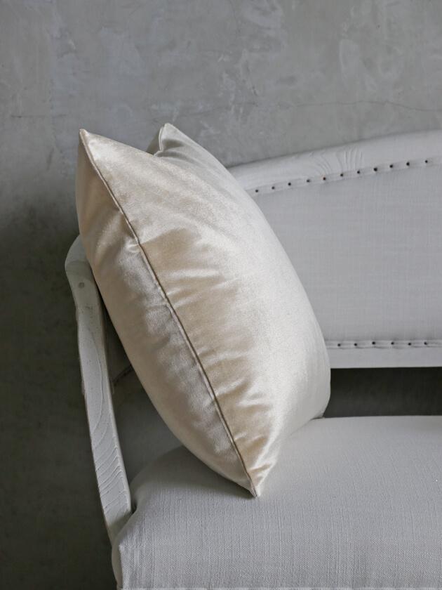 ML FabricsクッションカバーWoodyベルベットアイボリー50x50cm