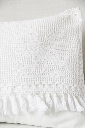 アンティークレース編みクッション(中綿付き)58x37cm