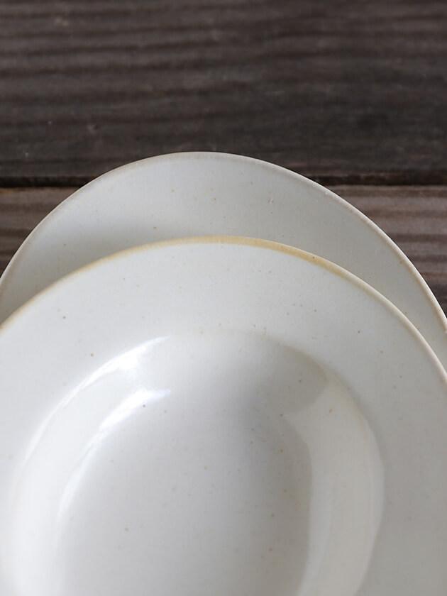 Awabi ware楕円小皿白磁