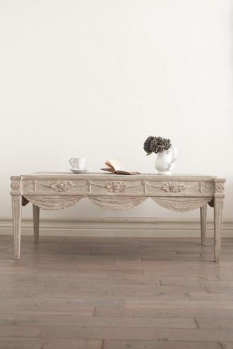 《30%OFF》Gustavian Antiqueコーヒーテーブル1810年代