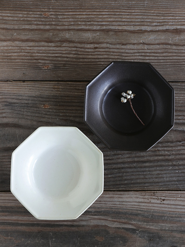 Awabi ware八角中深皿白磁