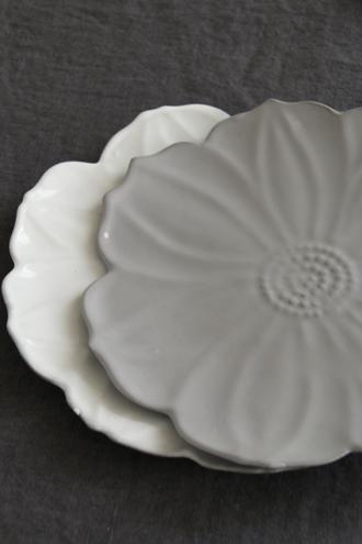 Bleu D'Argile Pivoineディナープレートホワイト23cm