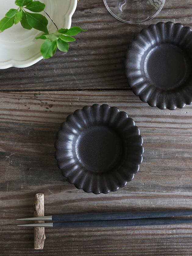 Awabi wareひまわり豆皿マットブラック
