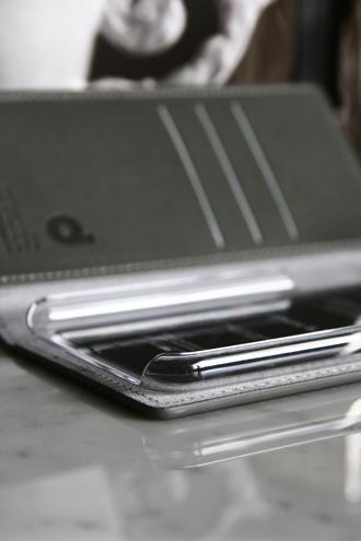 iPhone11ケース ワナビーレザーダイヤリーグレー