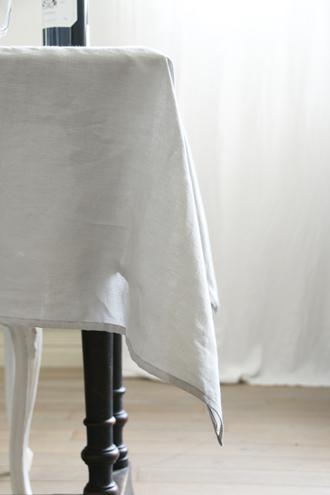 Decopur リネンテーブルクロス Galet 140x220cm