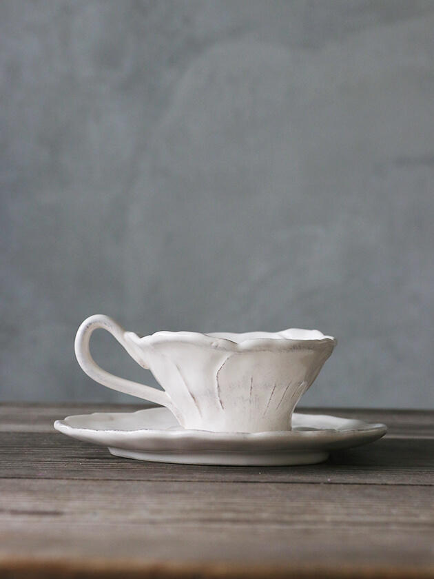 Virginia Casa ROMANTICAカップ&ソーサーホワイト