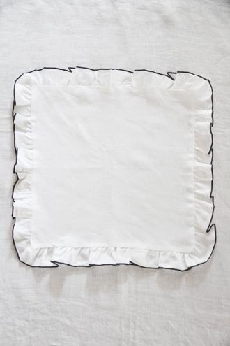 Sarah Graceフレンチリネンナプキンフリル ホワイト40x40cm