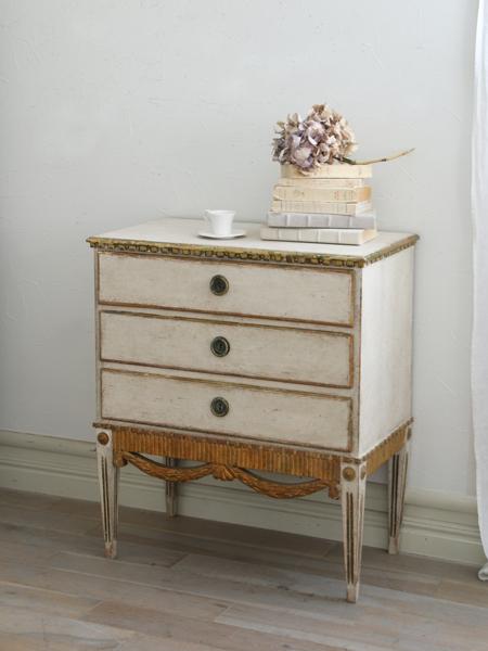 Gustavian Antiqueチェスト 1800年代