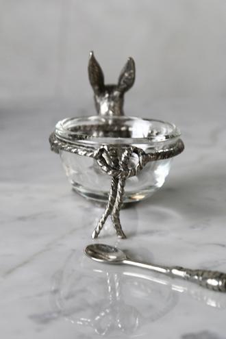Sarah pewterソルトカップ&スプーンラビット