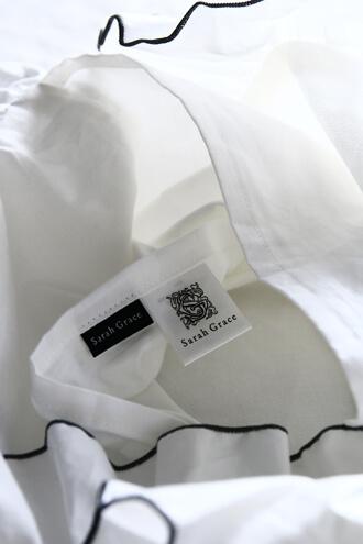 Sarah GraceピローケースLenaホワイトxベージュトリム コットン43x63cm