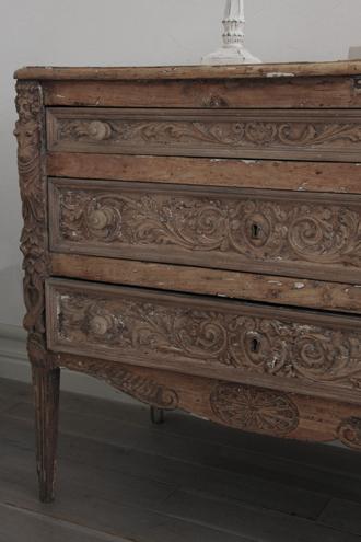 Gustavian Antique ウッドチェスト