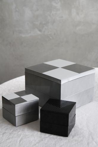 重箱6.5寸二段オードブル重 市松 シルバー(中子付き)
