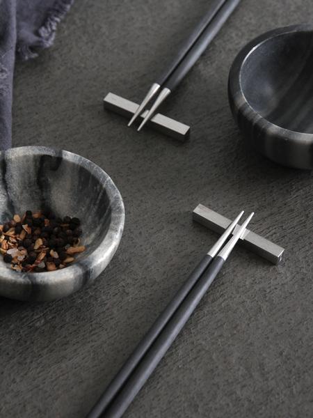 Cutipol 箸&箸置きセットGOA BLACK x SILVER