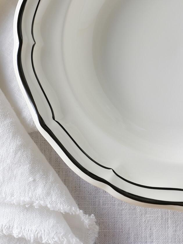 Gienスープ・パスタプレートFilet  MANGANESE