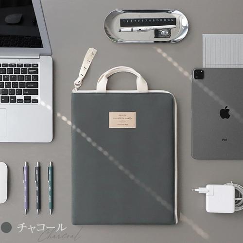 ノートパソコン 縦 大人可愛い