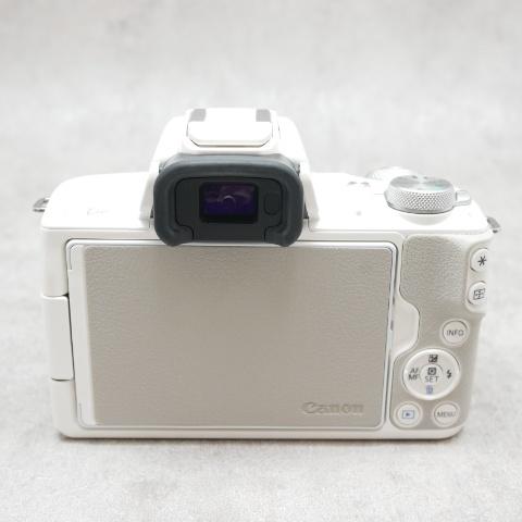 中古品 Canon EOS KissM ダブルズームキット ホワイト