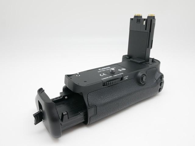 中古品 Canon バッテリーグリップ BG-E11