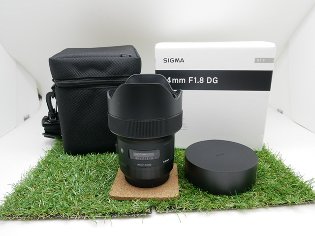 中古品 SIGMA14mm F1.8 DG Art CANONマウント