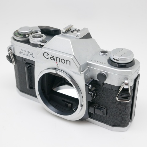 中古品 Canon AE-1 シルバーボディ【訳アリ】 #4048067