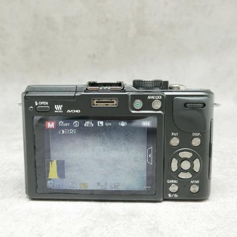 中古品 Panasonic DMC-GX1X レンズキット