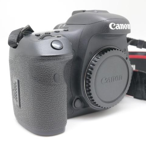 中古品 Canon EOS 7DMarkⅡボディ