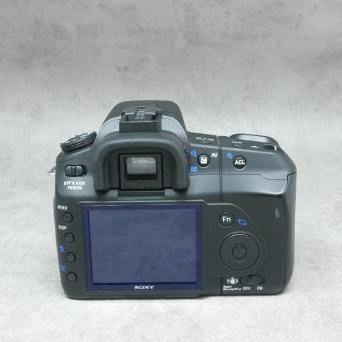 中古品 SONY α200 ボディ  ハヤト商会