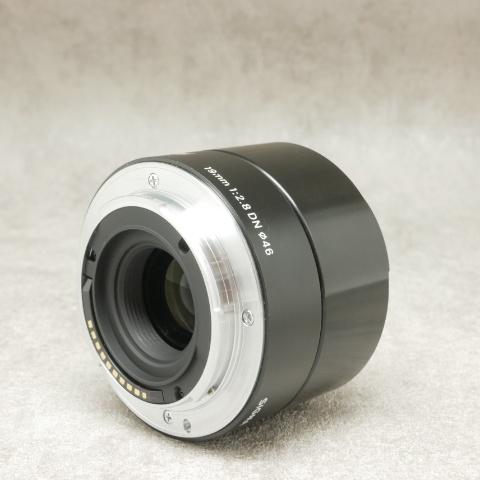 中古品 SIGMA 19mm F2.8 DN ソニーE