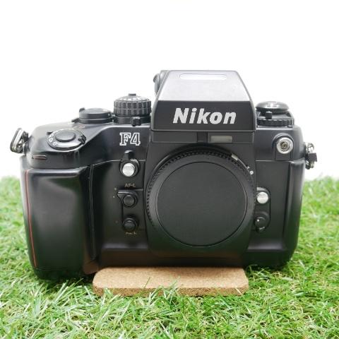 中古品 Nikon F4 ボディ