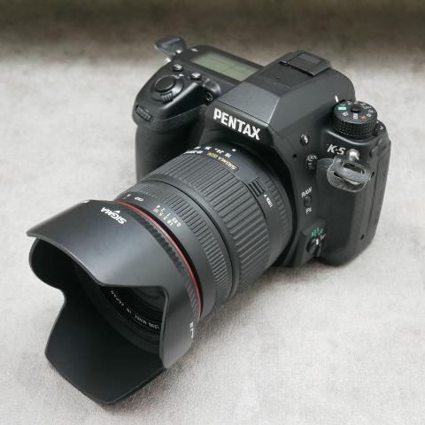 中古品 PENTAX K-5 + SIGMA 18-200mmセット