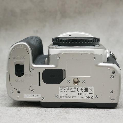 中古品 PENTAX K-1 MarkII Silver Edition バッテリーグリップ付き    ハヤト商会