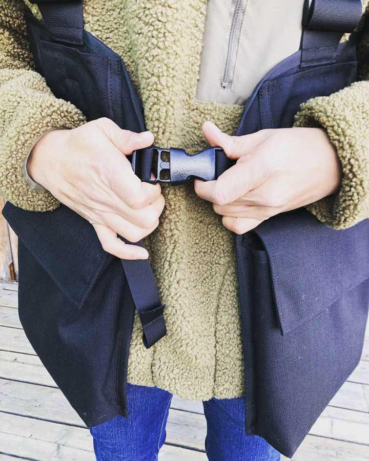 【世界初のカメラマンベスト】JAPATAKE(ジャパテイク)TAKE ON MEモデル【カーキ】