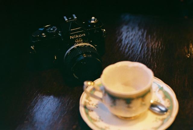 中古予約品 Nikon FEシルバー + AI NIKKOR 50mm F1.4