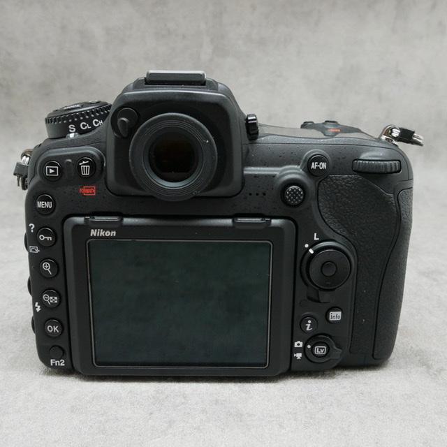 中古品 Nikon D500ボディ