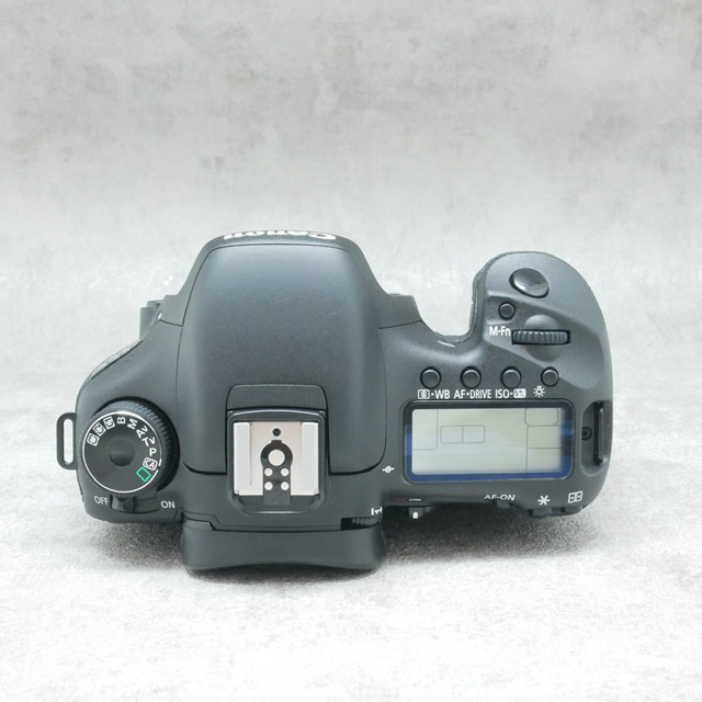 中古品 Canon EOS7Dボディ さんぴん商会