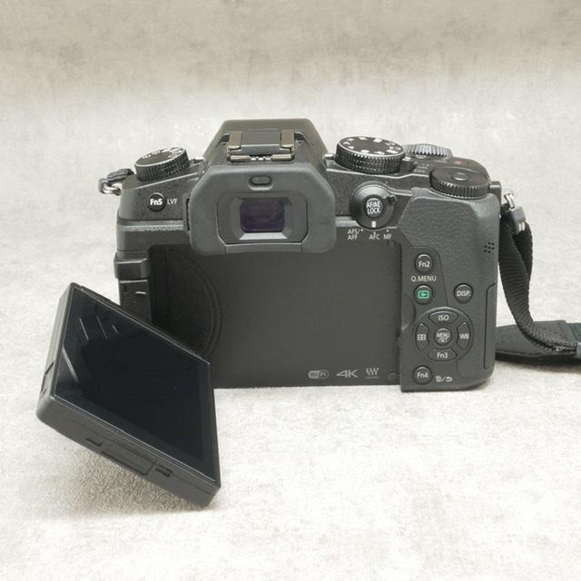 中古品 Panasonic DMC-G8ボディ
