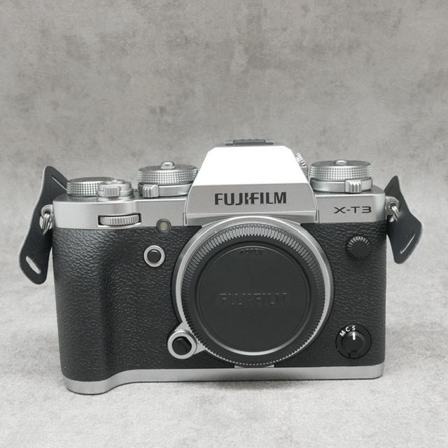 中古品 FUJIFILM X-T3 ボディ