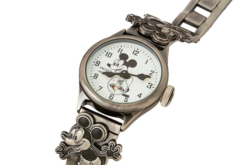 腕時計 ミッキー 記念品  ミッキー生誕90周年記念腕時計 Mickey 90th watch 3K2524A-004 ディズニー Disney
