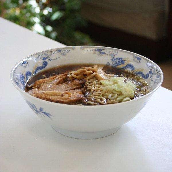 【1】高山ラーメン 飛騨高山ラーメン さとうオリジナル 朝市ラーメン 緑 ストレートスープ 醤油味 生麺チャーシュー付 2食入