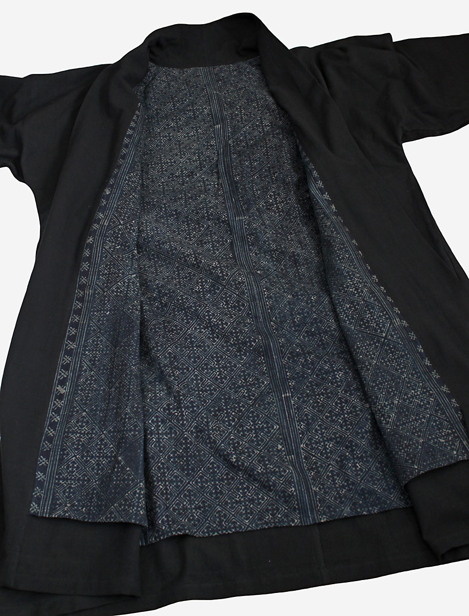 ジョムトン手織り綿和風コートモンバティック裏地付き(黒)