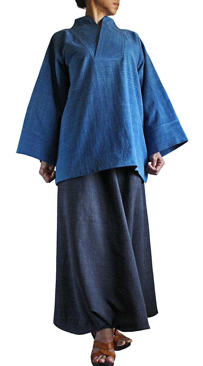 ジョムトン手織り綿の着物風オリエンタルプルオーバー(インディゴ)