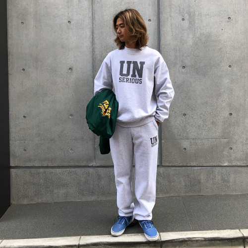 UNSERIOUS ARMY Logo Sweat