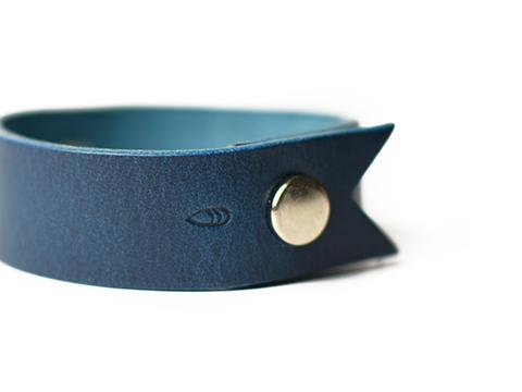 Button Works Ribbon Concho Bracelet Type3