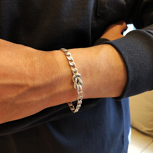 SD Made in USA Knot Bracelet
