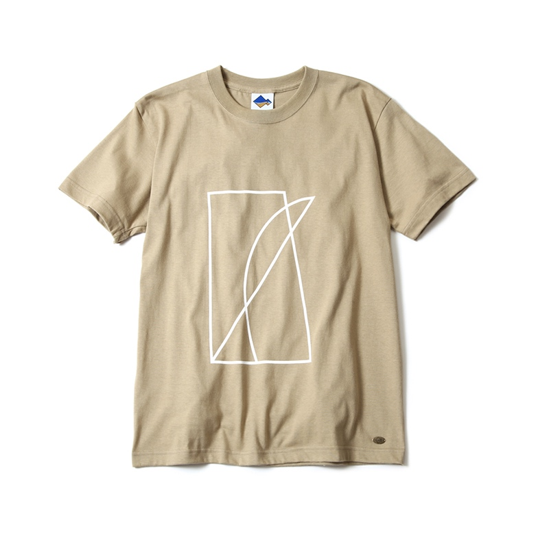 &.SCAPE Fishingline motif  T-shirt
