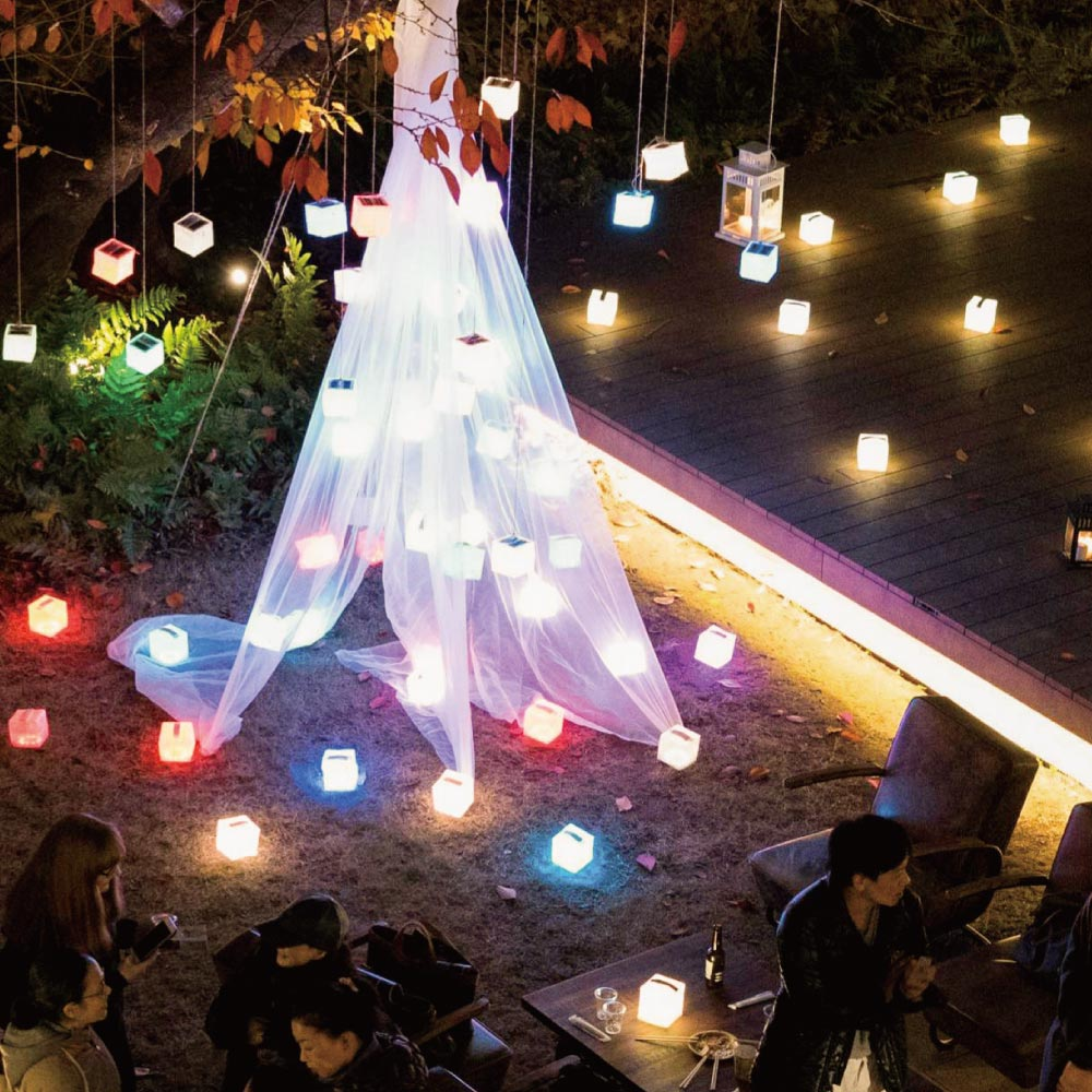 Medium Rainbow(レインボー色)|非常時の安心の灯りは蝋燭からキャリー・ザ・サン(CARRY THE SUN)へ。太陽光発電(ソーラー充電)できる災害用LED常夜灯・ランタン・非常用ライト