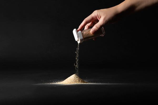 新発売!家族で食べれる幸せ パン粉・小麦粉の代替「素焼せんべい粉」家庭用ジップロック